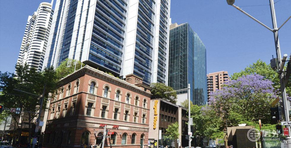 精选物业-办公楼 | 悉尼Bathurst大街高档办公楼,位于中心商务区,景观优美,占地507平米,高品质装修,带有停车位,附带7年租约。